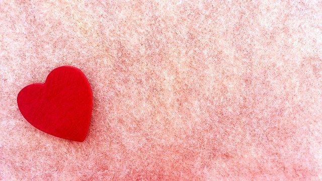 フェルト赤いハート