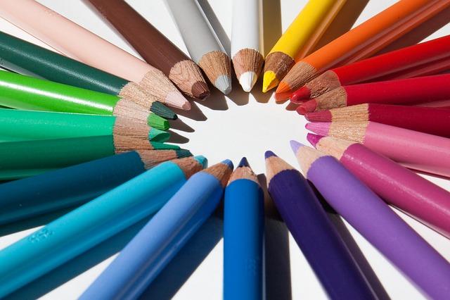 colored-pencils-179167_640 (1)