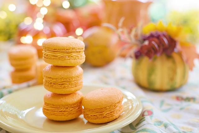 macarons-5613354_640