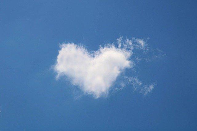 cloud-5055011_640