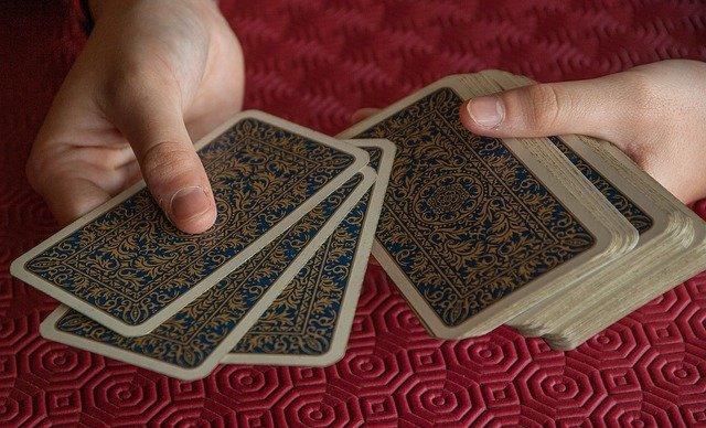 card-game-2205554_640
