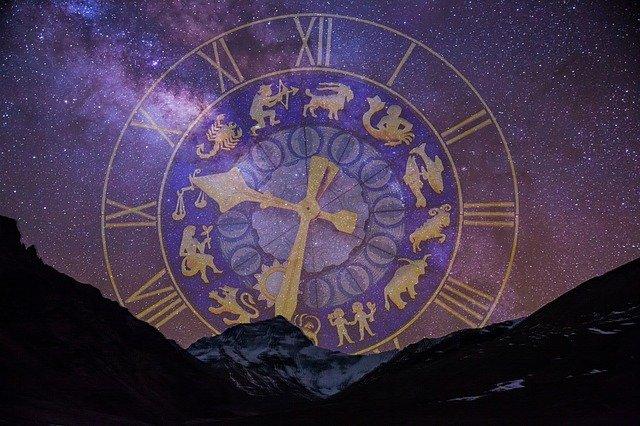 starry-sky-2533009_640