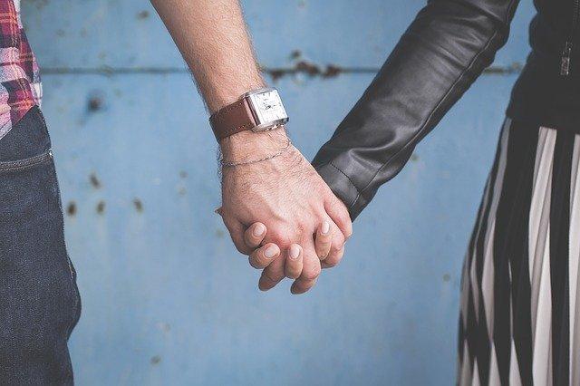 couple-1853650_640